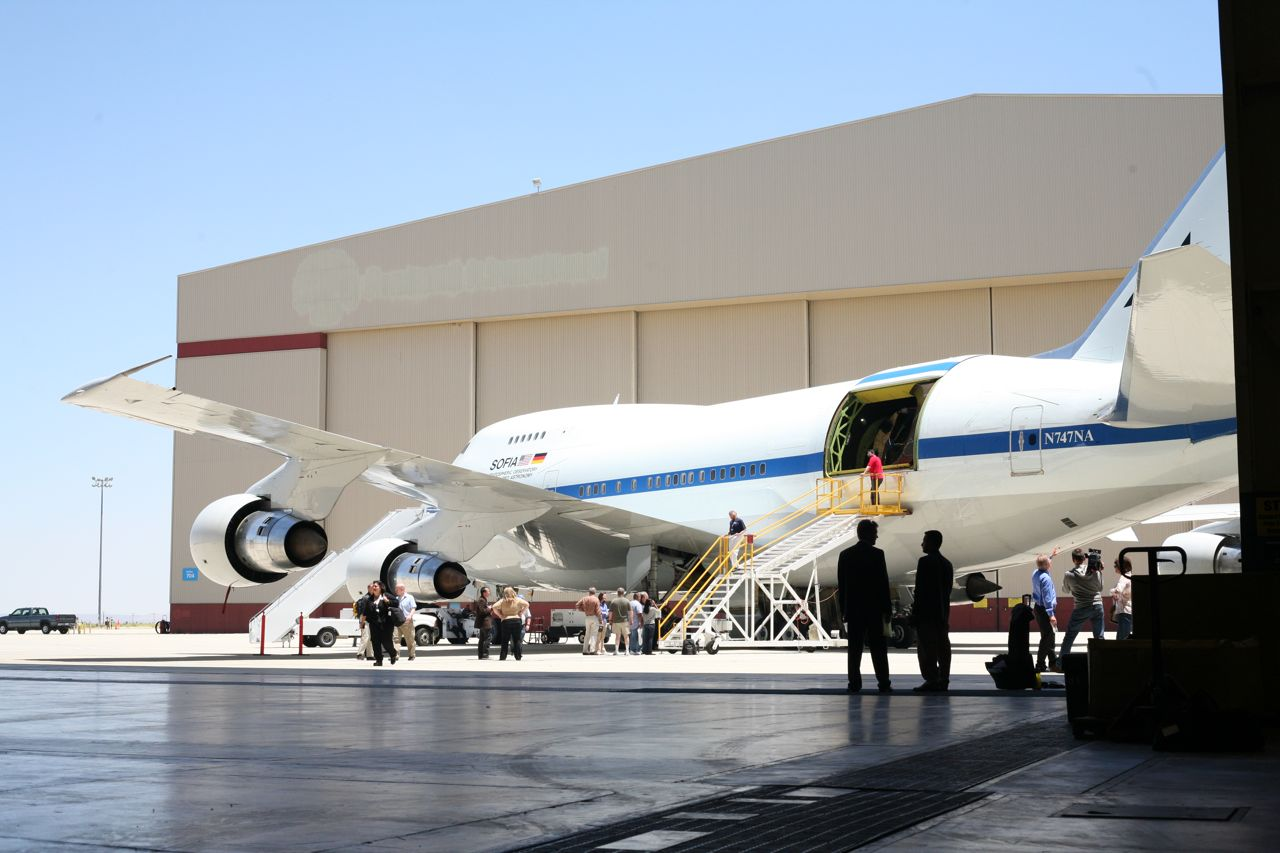 NASA Sofia Aircraft - Pics about space